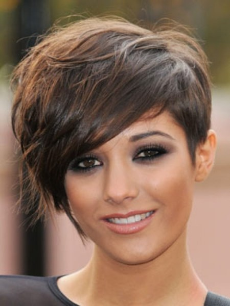 Beautiful Short Black Hairstyles for Round Faces