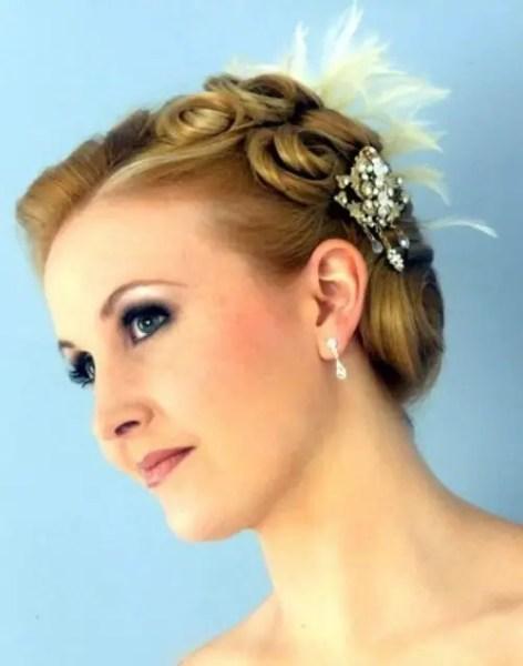 cute short bridesmaid hairstyles