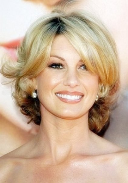 Hairstyles For Short Hair Over 40 : short hairstyles for women over 40 with side bangs Short Hairstyles ...