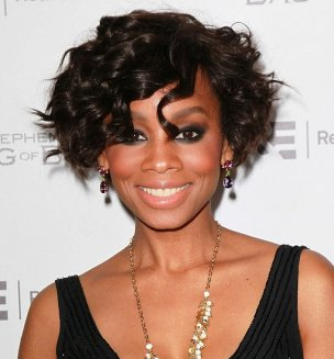 short wavy hairstyles for black women over 40