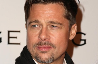 Brad Pitt poses for 'Inglourious Basterds'