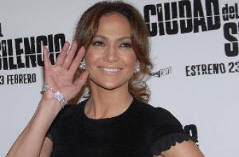 Jennifer Lopez returns to film with a 'Plan B'