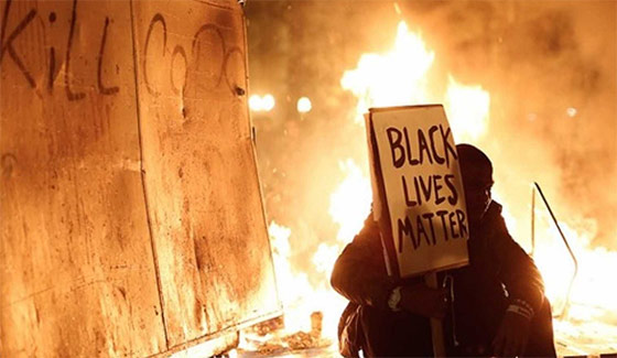 blacklivesmatter-peace.jpg?resize=560%2C325