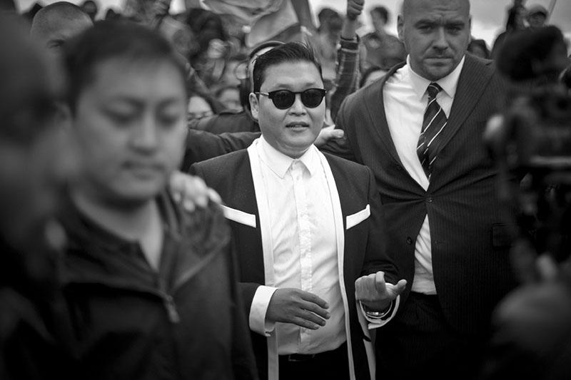 'Gangnam Style' Paris flashmob (5)
