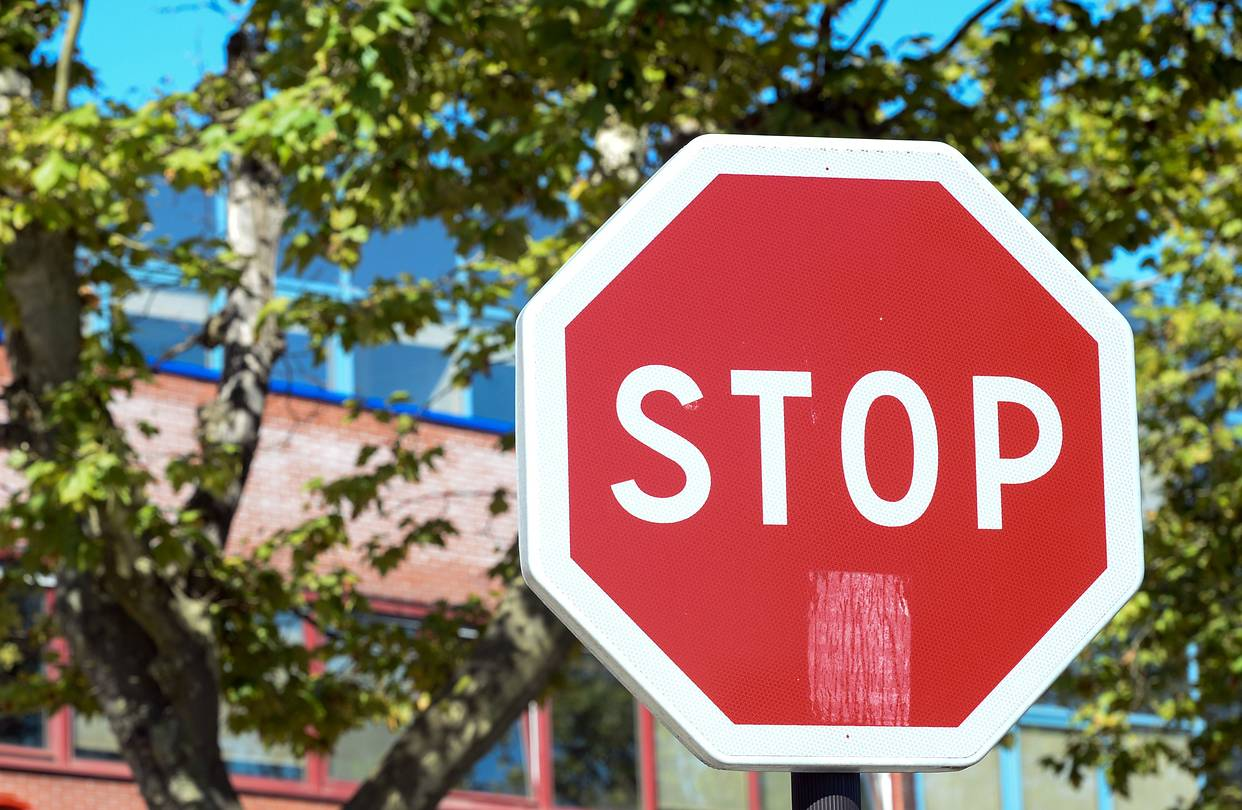 Fullsize Of Stop In German