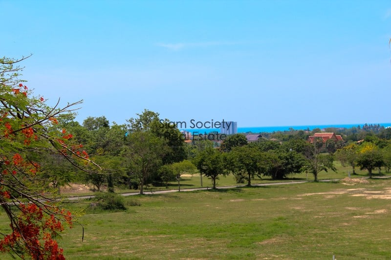 Sea View condo for sale on golf course