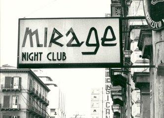 L'enseigne du Mirage, mythique cabaret de Palerme