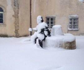 piazza Abbadia neve