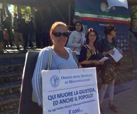 protesta degli avvocati per il tribunale di Montepulciano