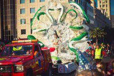 Карнавал на Тенерифе — участница конкурса Королевы карнавала (со змеями)