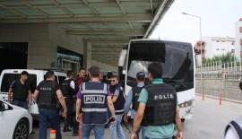 Siirt'te 11 Asker Tutuklandı