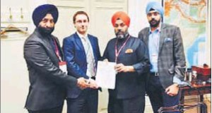 Delhi Sikh Gurdwara Management Committee president Manjit Singh GK (second from right), general secretary Manjinder Singh Sirsa and international affairs adviser Puneet Singh Chandhok meeting UK's South Asia affairs