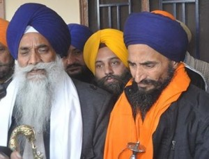 Giani-Gurbachan-Singh-L-Gurbaksh-Singh-Khalsa-R-File-Photo-300x229