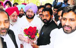 Supporters greet Capt Amarinder Singh in Amritsar