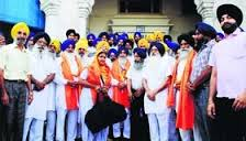 SGPC team leaves for Srinagar