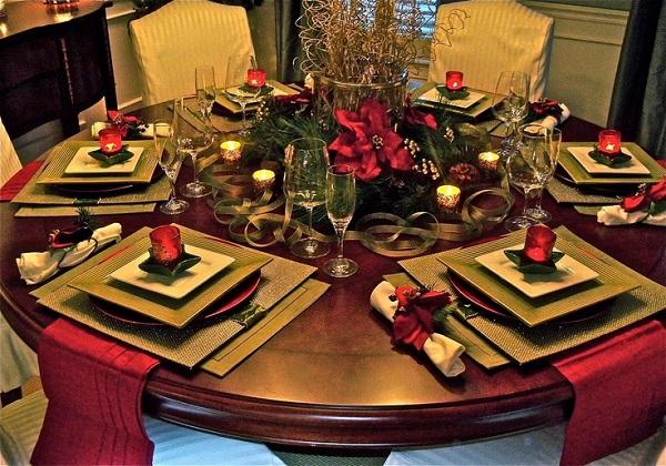 Ideas para decorar tu mesa esta navidad my little house for Mesa de navidad elegante