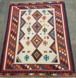 Kashkay Perzische kelim tapijt 201 x 155 cm