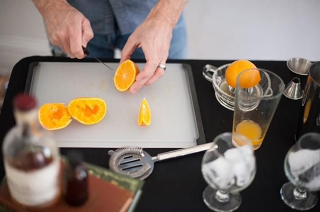 making screwdriver cocktails