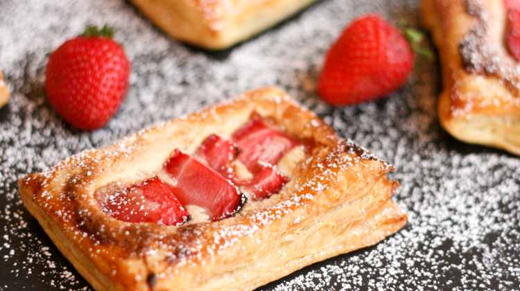Strawberry Almond Puff Pastry
