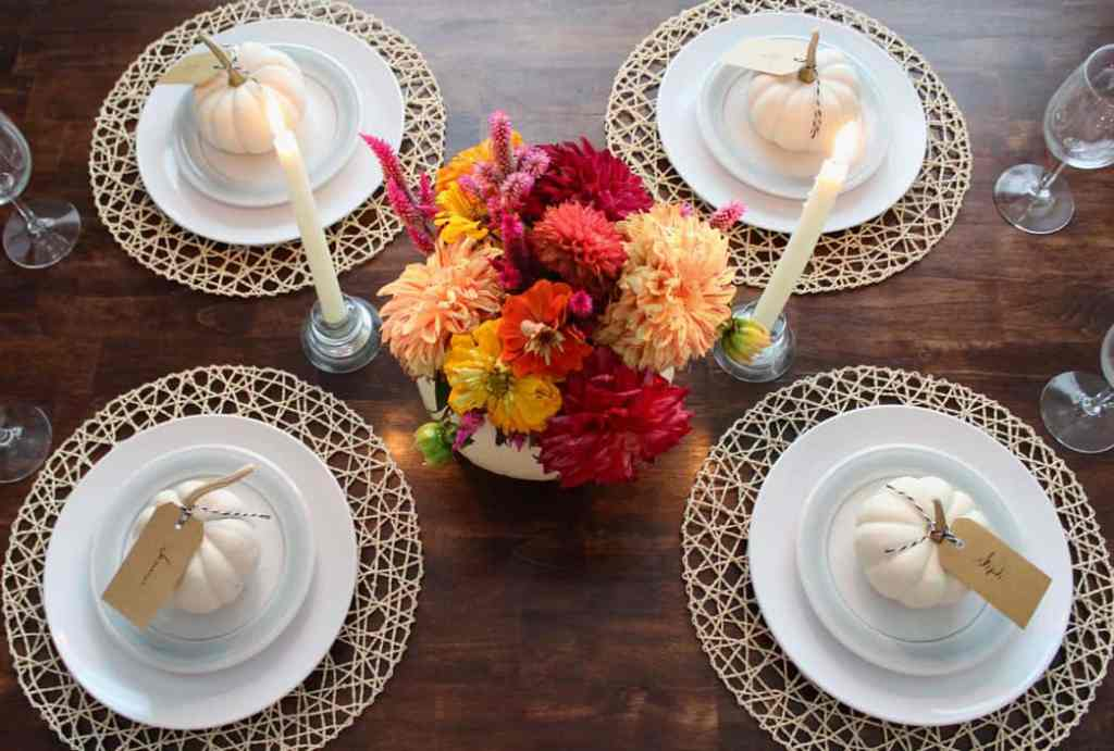 Blogger Stylin' Home Tours: Fall 2015 ~ www.simplestylings.com