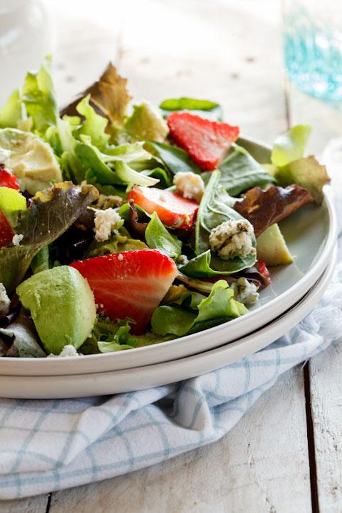 Strawberry, avo & blue cheese salad