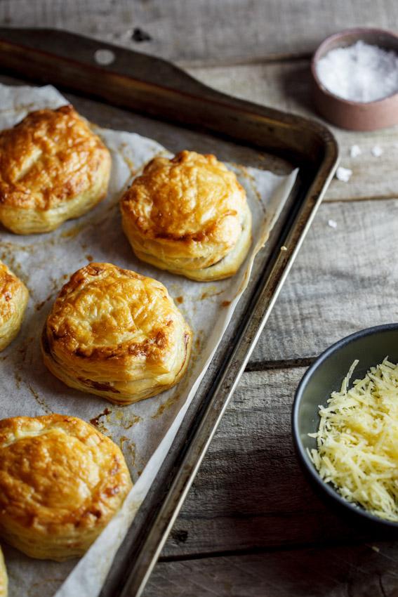 French onion soup puffs