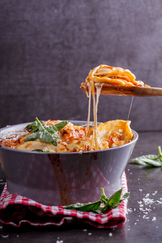 Cheese and tomato baked ravioli