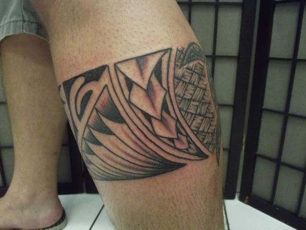 leg band maori tattoo