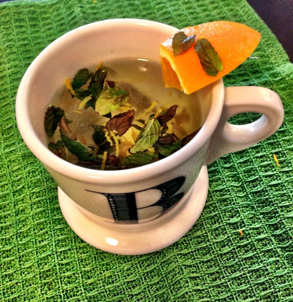 mint hot tea