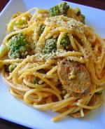 Roasted Broccoflower and Sausage Spaghetti + Strawberry-Banana Smoothie #8