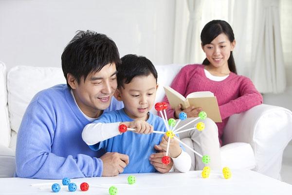13 điều bố mẹ cần dạy con trước khi bé lên 4 tuổi