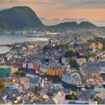 In Norway centralised healthcare works. Should the NHS follow suit?