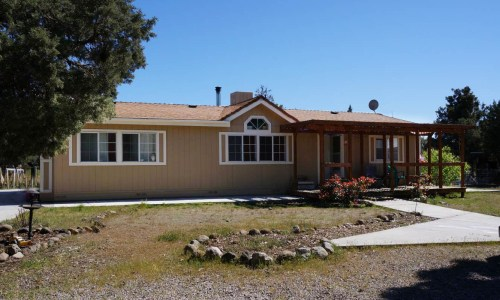Private-10-acres-mountain-view-home (5)