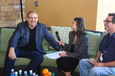 Rochelle-Interviewing-Rick-Warren-2014
