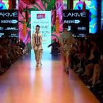 Tarun Tahiliani | Lakmé Fashion Week Summer/Resort 2015