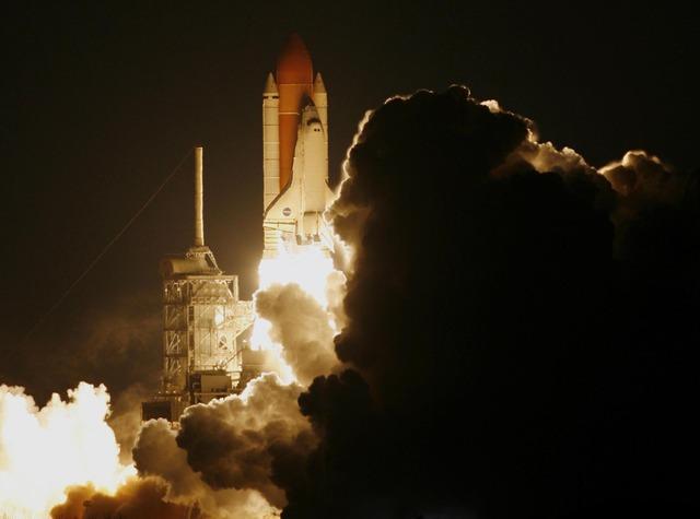NASA Rocket Launch. Image from NASA-Imagery on Pixabay, Creative Commons.