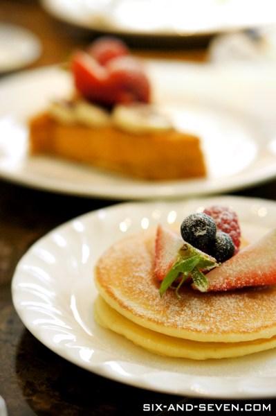 Addictions Cafe 22 Dempsey - A La Carte Buffet Brunch - Sweets