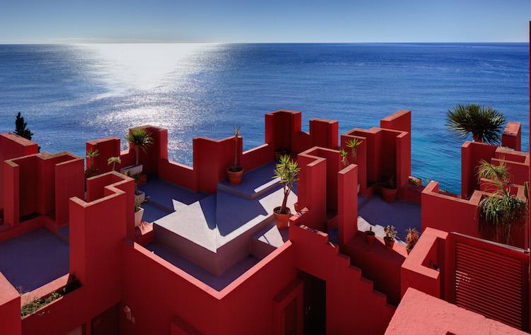 Muralla_Roja_Calpe_Spain_Ricardo_Bofill_Taller_Arquitectura_06