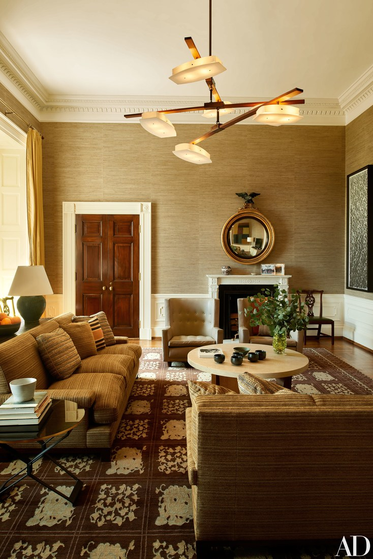 white-house-sitting-room