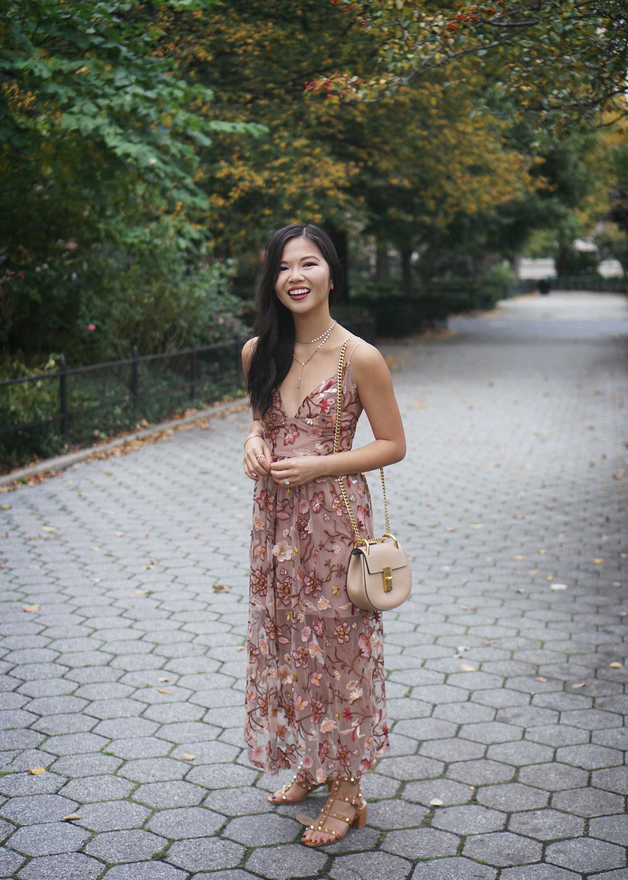 Wedding Guest Style / Fall floral Midi Dress