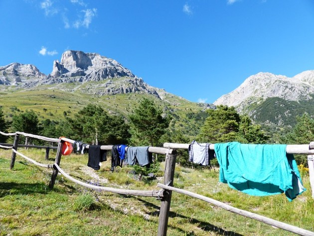 minimalist laundry