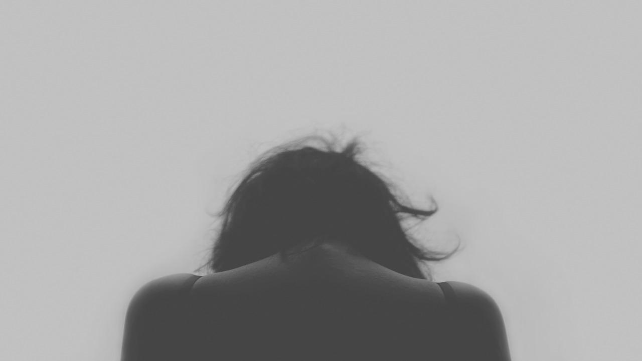 우울 여자 사람 절망 슬픔