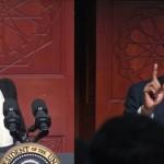 """오바마, """"여러분은 무슬림이자 미국인"""""""
