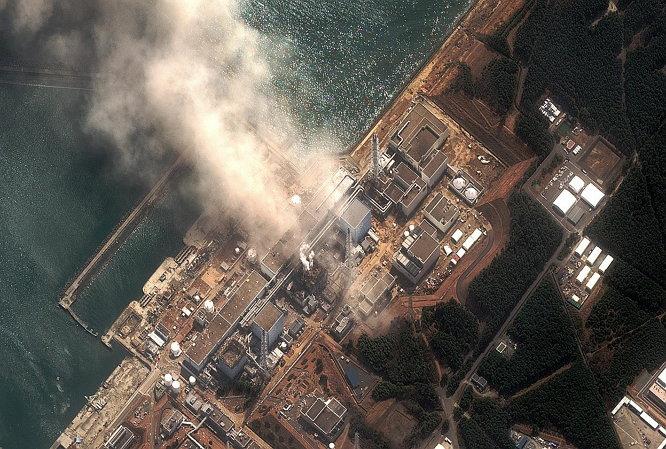 2011년 3월 11일, 후쿠시마 제1 원전 폭발 사고 현장 위성사진. ⓒ DigitalGlobe
