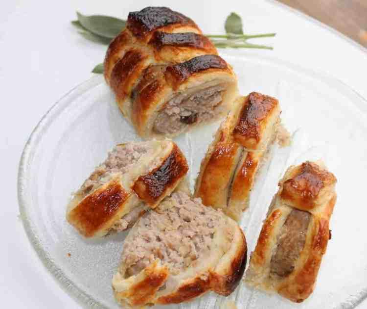 how to make pork sausage rolls