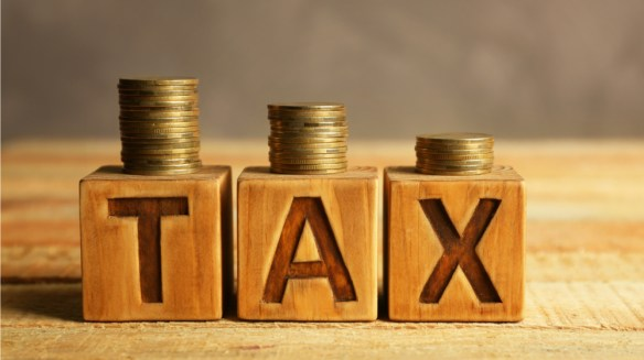 Check Out These 7 Tax Saving Tips