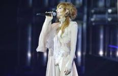 mylene-farmer-timeless
