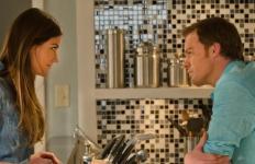 Debra et Dexter à la fin de la saison