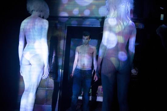Man-Seeking-Woman-Gavel-Episode-6-07
