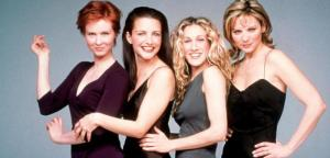 """375026 02: The cast of """"Sex And The City,"""" Season 2 Clockwise from top left: Cynthia Nixon, Kristin Davis, Sarah Jessica Parker and Kim Cattrall. 1999 Paramount Pictures"""